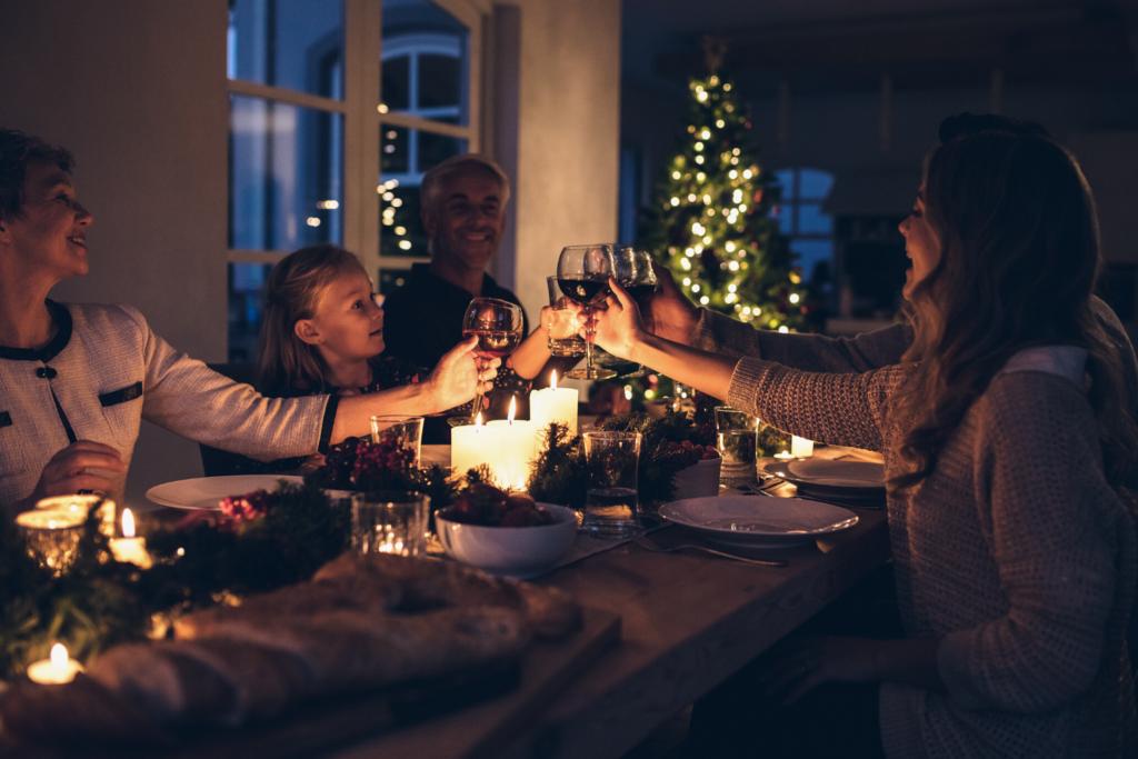 Hygge a vztahy Příjemná atmosféra hygge večeře